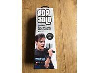 Pop solo Bluetooth karaoke microphone