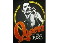 "Queen Original 1982 T Shirt ""Hot Space"" Tour 1982. Size M"