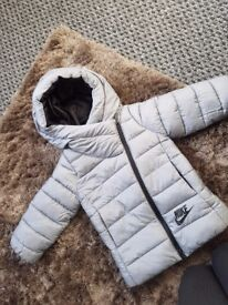 Girls nike coat age 3