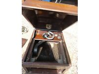 GRAMOPHONE : HMV TABLE TOP. FOR RESTORATION / SPARES