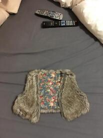 Faux fur baby Girls Gillet. Size 12 months