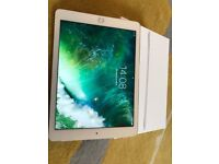 iPad Air 2 64 gbCellular & Wi-fi. Factory unlocked Excellent condition