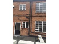 3 BEDROOM FURNISHED FLAT - COVENTRY CV3