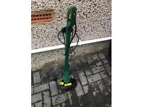 Grass trimmer in excellent condition only £15