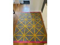 Habitat Grid rug