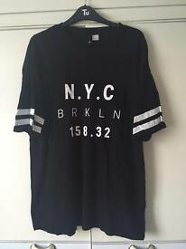 NYC oversized top size medium