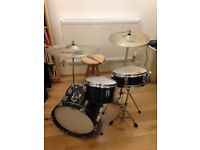 Drum kit for sale. Ideal for beginner. £50