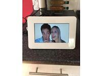 Samsung digital photo frame