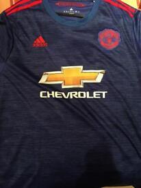 ManchesterUnited football shirt size XL