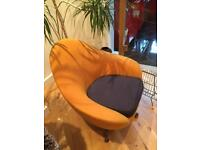 VINTAGE ORIGINAL RETRO SWIVEL ROCKING EGG CHAIR