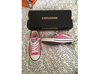 Size 11 pink converse all stars