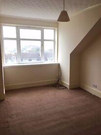 One bedroom flat in Sandbank Dunoon. Unfurnished second floor flat