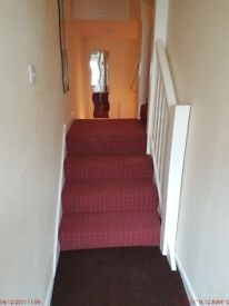 3 bedroom shared house to let - close to shops, buses, takeaways, city center