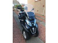 Piaggio Mp3 Lt 300 Ie on car licence