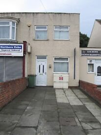 REDUCED 3 bed flat/house, with off road parking on outskirts of Redcar STILL AVAILABLE 1st Dec