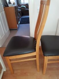 2x dinning room chairs