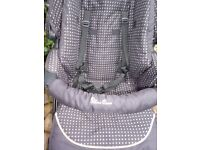 silvercross stroller with carrycot paid a lot for it good condition