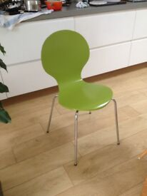4 dining room/kitchen chairs