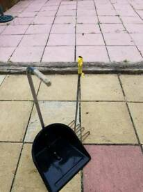 Manure rake and scoop