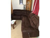 **Like new **brown corner sofa with recliners
