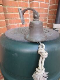 Vintage style wall bell on bracket