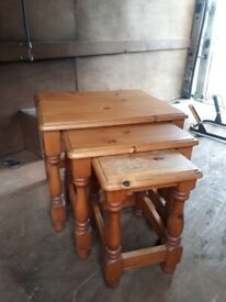 nest of 3 pine wood tables
