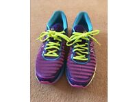 Barely used ASICS Women's Running Shoes - Flytefoam technology - Super light and comfortable