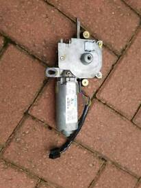 Mercedes w210 e class w202 c class w208 clk sunroof motor Used and working