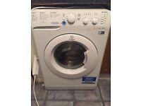 Very good condition washing machine (1yr old)