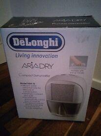 Delonghi DEM10 compact dehumidifier