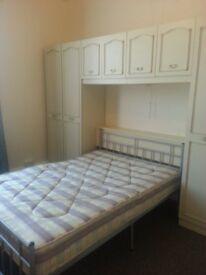 **LARGE DOUBLE ROOM £63pw **