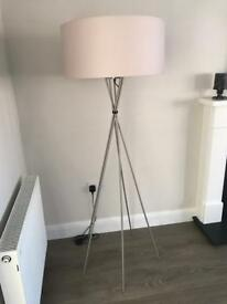 Raft Floor Lamp