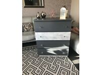 Chest of drawers grey, glitter crystal knobs