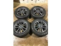 "Set of 19"" genuine Land Rover alloy wheels and tyres Range Rover sport Vogue discovery 5"