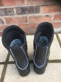 Motorcycle boots. Size 9 (43)