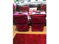 2 IT world lightest suitcases ( Large )