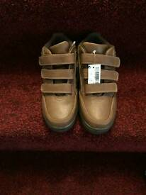 Boys tan boots