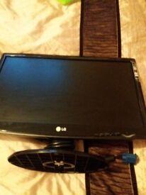 "LG PC monitor 16"""