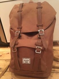Herschel Backpack little america camel