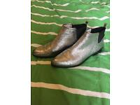 Clarks Bizzy Beat silver chelsea boots size 8