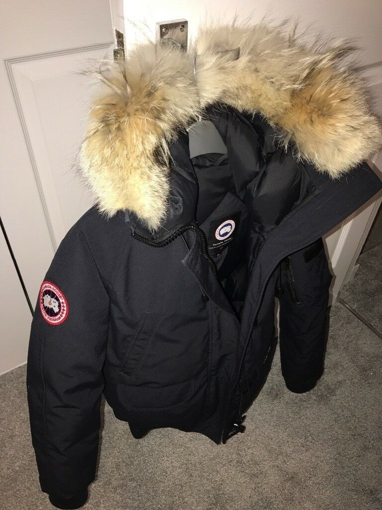Canada Goose Coat. Barely used. Unisex.  36a4d6cb2720