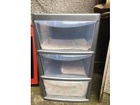 Plastic drawers, hardly used