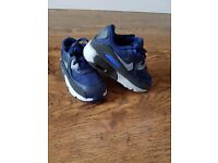infant boys trainer's both size 6.5