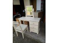Pine dressing table mirror stool