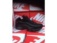 Black & Red Nike Trainers Brand New Size 9