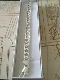 Ladies or gents chunky sterling silver bracelet hallmarked 925