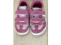Sport shoes for girl, size7 and 1/2