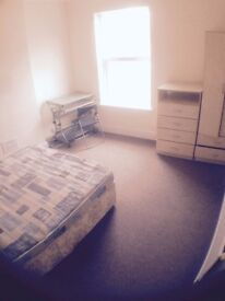 DOUBLE ROOM TO RENT £75PW DE1 1GJ COUNCIL TAX WATER TV INTERNET INCLUDED DERBY ASHBOURNE ROAD £325PM