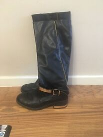 Size 6 river island boots and fur bag