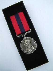 BRITISH-ARMY-MILITARY-GV-WW1-DCM-DISTINGUISHED-CONDUCT-MEDAL-FULL-SIZE-IN-BOX